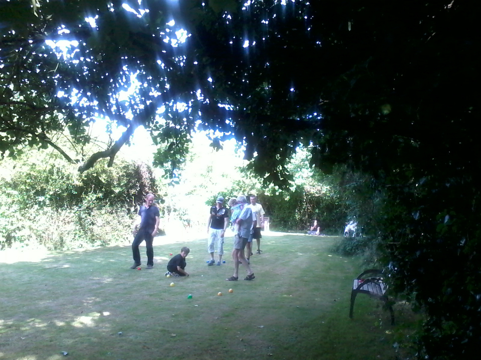 Serious game of boules with Will Goodchild, Mason, Chris Munnings, Doug Perry & Ralph Earey