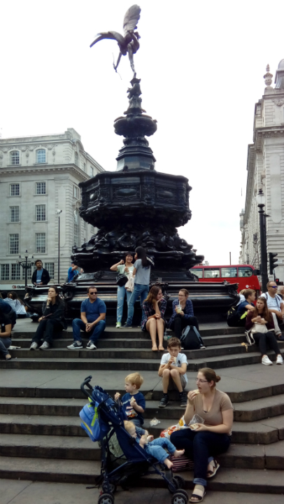 Lunch in Piccadilly Circus.