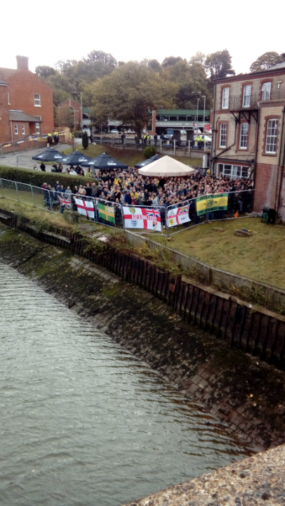Norwich fans at The Station Hotel.